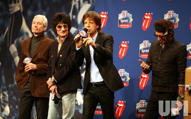 ROLLING STONES TO PERFORM HALTIME AT SUPER BOWL XL