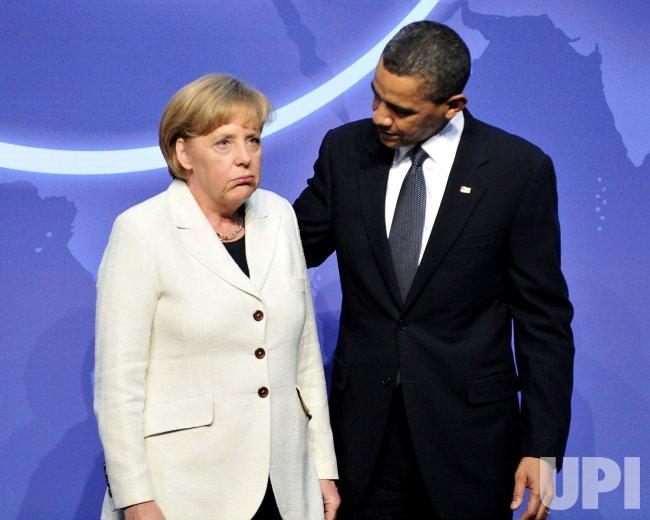 United States President Barack Obama welcomes Chancellor Angela Merkel of Germany