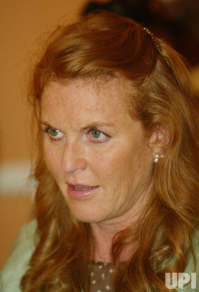 SARAH FERGUSON, DUCHESS OF YORK, VISITS THE RONALD MCDONALD HOUSE IN NEW ORLEANS
