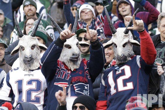 pretty nice 3edba b51a1 Patriots Tom Brady number 12 jersey and goat masks - UPI.com