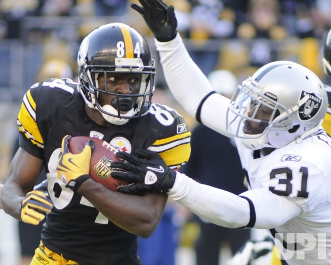 Pittsburgh Steelers Antonio Brown Returns Punt for in Pittsburgh