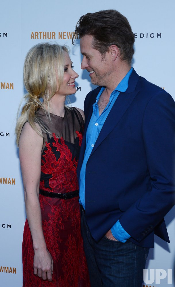 "Anne Heche attends the ""Arthur Newman"" premiere in Los Angeles"
