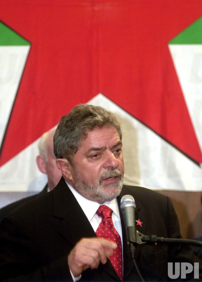 Brazilian President-Elect Luiz Inacio Lula da Silva speaks at AFL-CIO