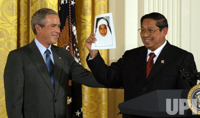 BUSH HOSTS ASIAN PACIFIC AMERICAN HERITAGE MONTH CEREMONY