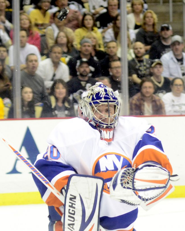 Pens Murray Scores on Islanders Nabokov in Pittsburgh