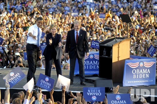 Presidential candidate Barack Obama campaigns with Sen. Hillary Clinton in Orlando