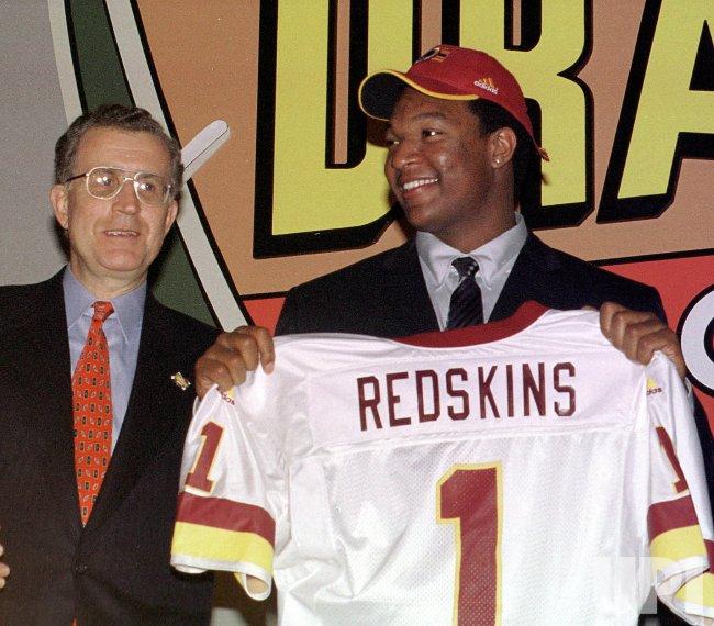 NFL DRAFT 2000 #3 PICK