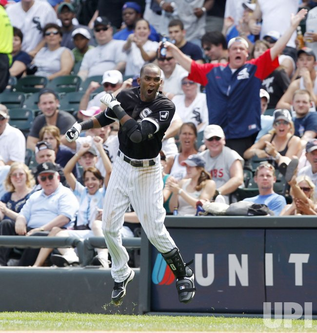White Sox Ramirez reacts to being called out in Chicago