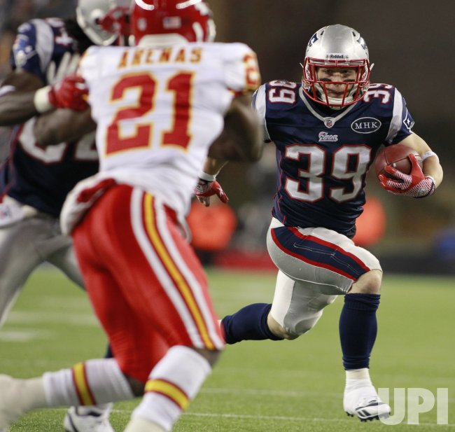 Patriots Woodhead runs against Chiefs at Gillette Stadium in Foxboro, MA.