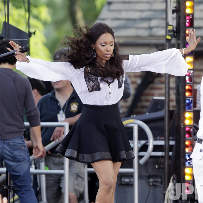 Jennifer Hudson performs on the Good Morning America Show in Central Park in New York