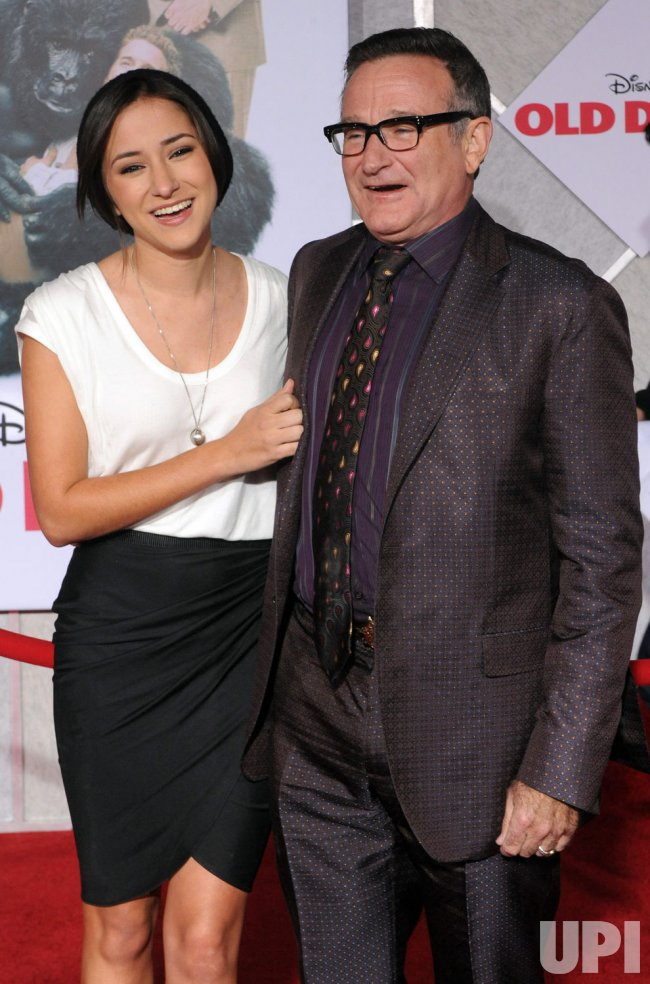 "Robin Williams attends premiere of his new film ""Old Dogs"" in Los Angeles"