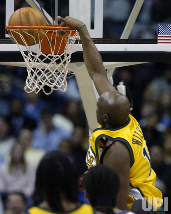 SEATTLE SUPERSONICS VS WASHINGTON WIZARDS