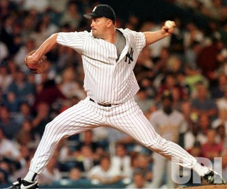 New York Yankees versus Oakland Athletics: David Wells wins 17th game