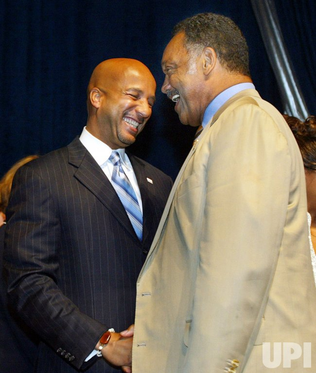 NEW ORLEANS MAYOR RAY NAGIN SWORN IN FOR SECOND TERM