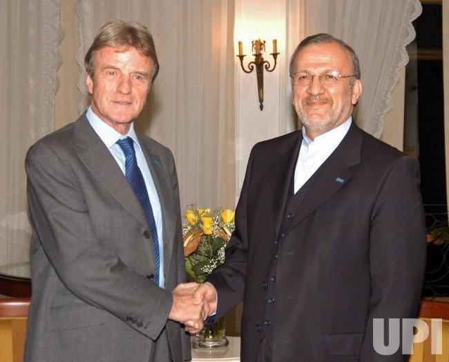 Iran's Foreign Minister Manouchehr Mottaki Meets French Counterpart Bernard Kouchner in Istanbul