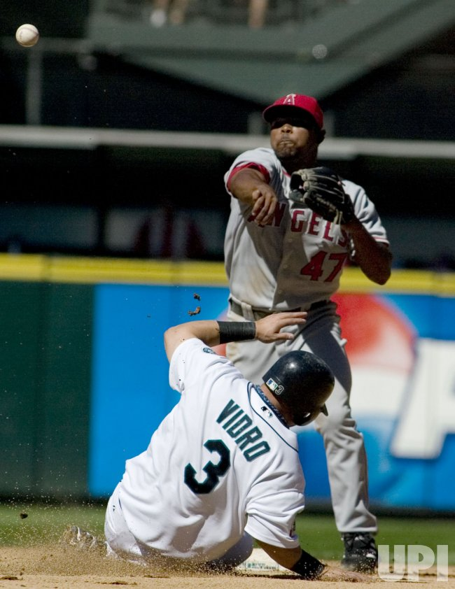 LOS ANGELES ANGELS VS SEATTLE MARINERS