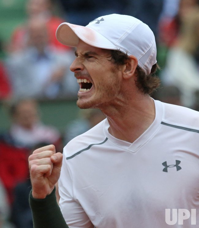 Andy Murray plays his quarterfinal match at the French Open