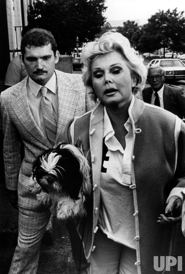 Zsa Zsa Gabor entering the City Line Dinner Theatre.