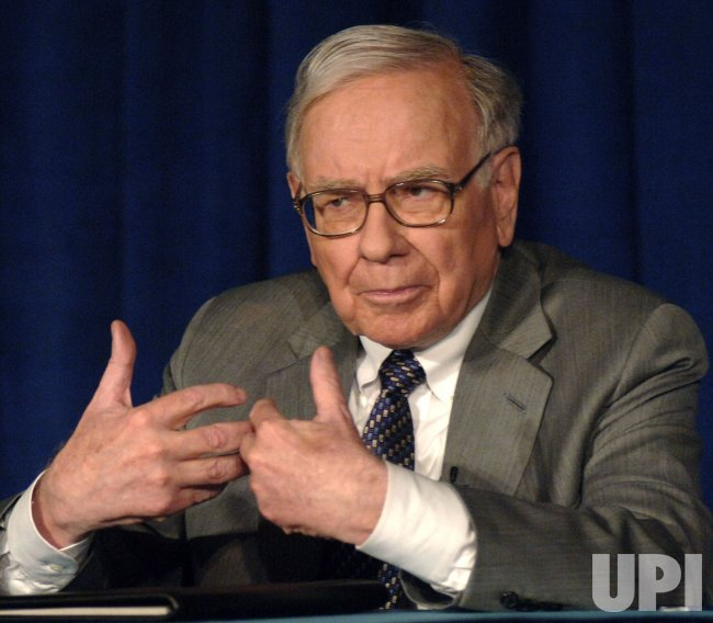 WARREN BUFFETT DONATES $37 BILLION DOLLARS TO BILL GATES FOUNDATION