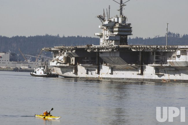 USS Ranger heads to scrap yard - UPI com