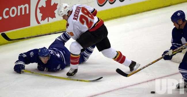 TORONTO MAPLE LEAFS vs CALGARY FLAMES