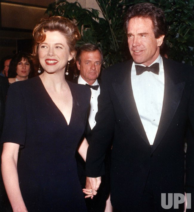 Warren Beatty and Annette Bening arrive at the 44th Annual Directors Guild ceremony.