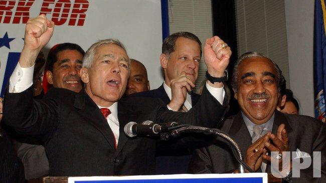 NEW YORK CONGRESSMAN RANGEL ENDORSES WESLEY CLARK FOR PRESIDENT