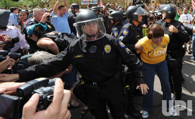 Dozens arrested during protests of Arizona SB 1070