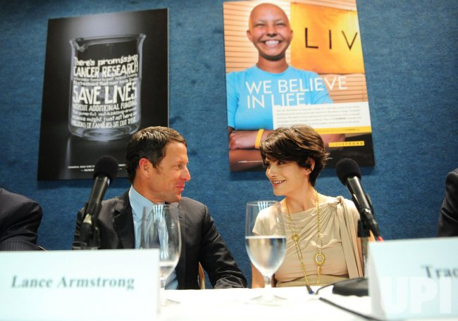 Lance Armstrong speaks on cancer research in Washington