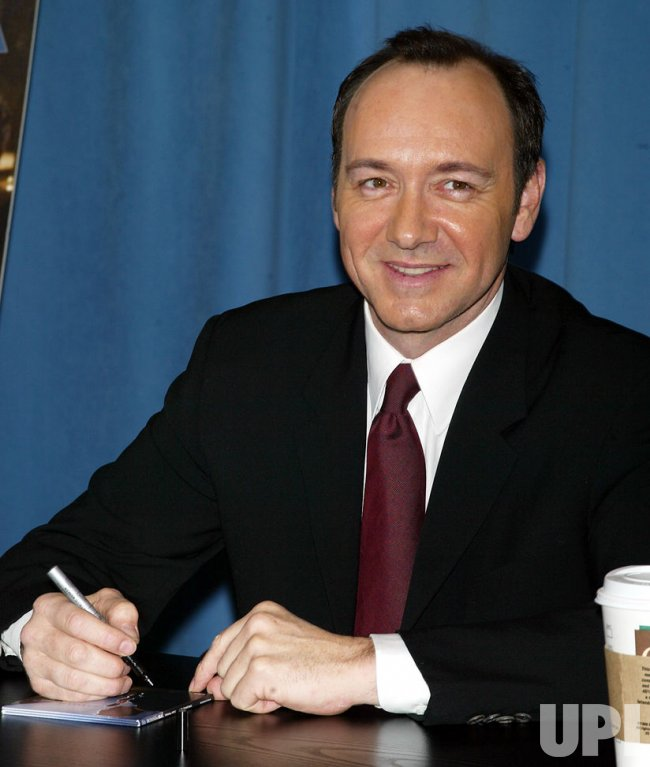 KEVIN SPACEY CD SIGNIN...