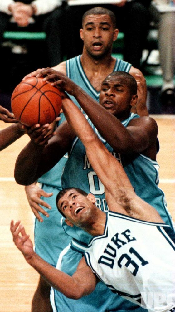 Duke's Shane Battier (31) battles