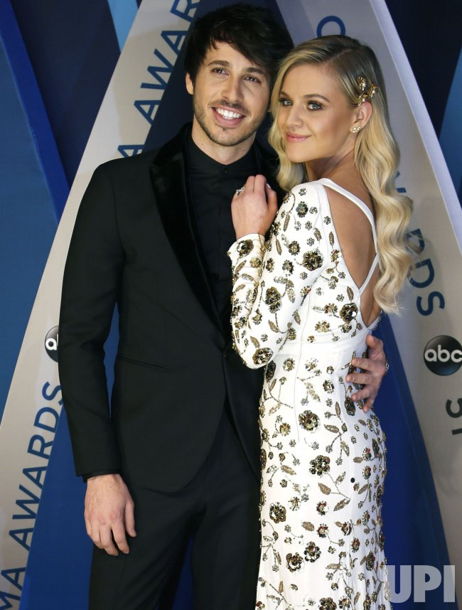 Morgan Evans and Kelsea Ballerini arrive for the 2017 CMA Awards in Nashville