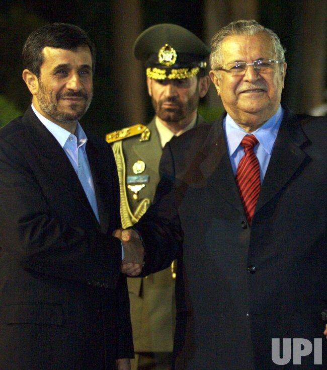 Iran's Ahmadinejad hosts Iraq's Jalal Talibani in Tehran