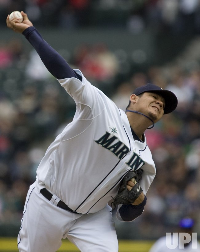 Mariners' Felix Hernandez pitches against the San Diego Padres in Seattle