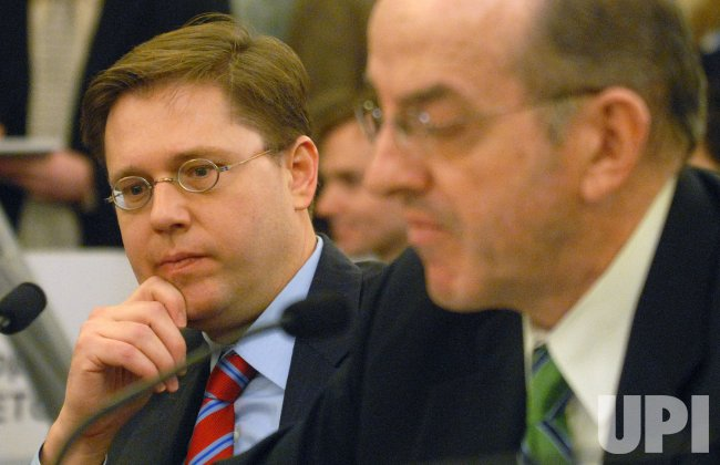 Members of the FCC testify before the Senate in Washington