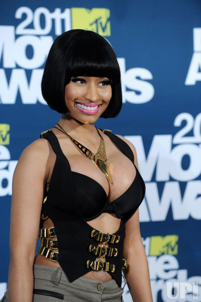 Nicki Minaj arrives at the MTV Movie Awards in Los Angeles