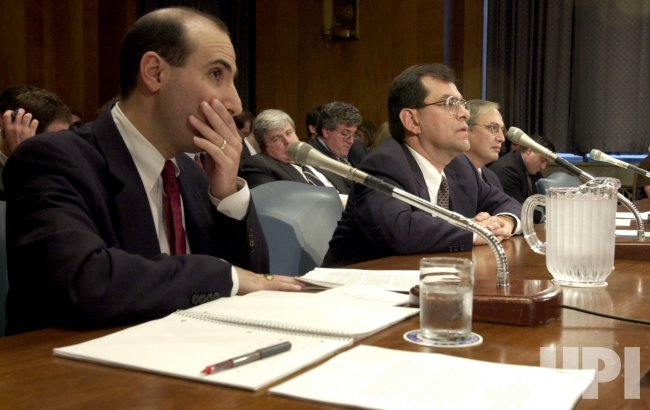 Enron's credit rating scrutinized by Senate committee