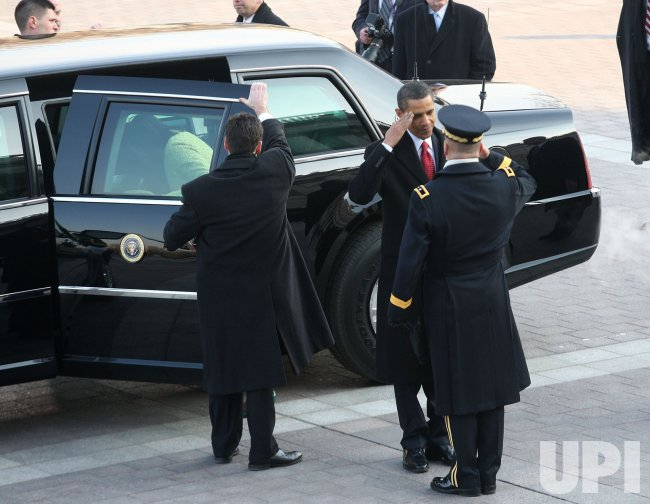 Obama sworn in as 44th President in Washington