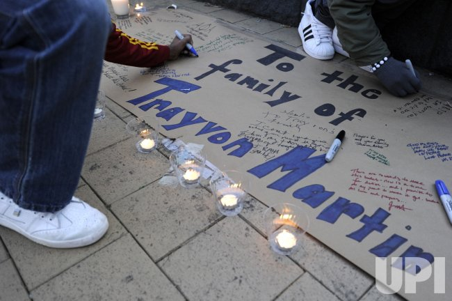 Candlelight vigil for Trayvon Martin held in Washington DC