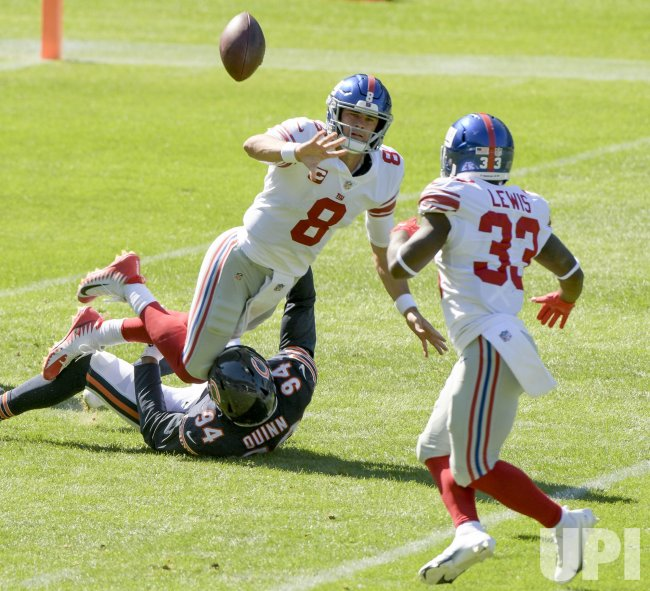 New York Giants vs Chicago Bears in Chicago
