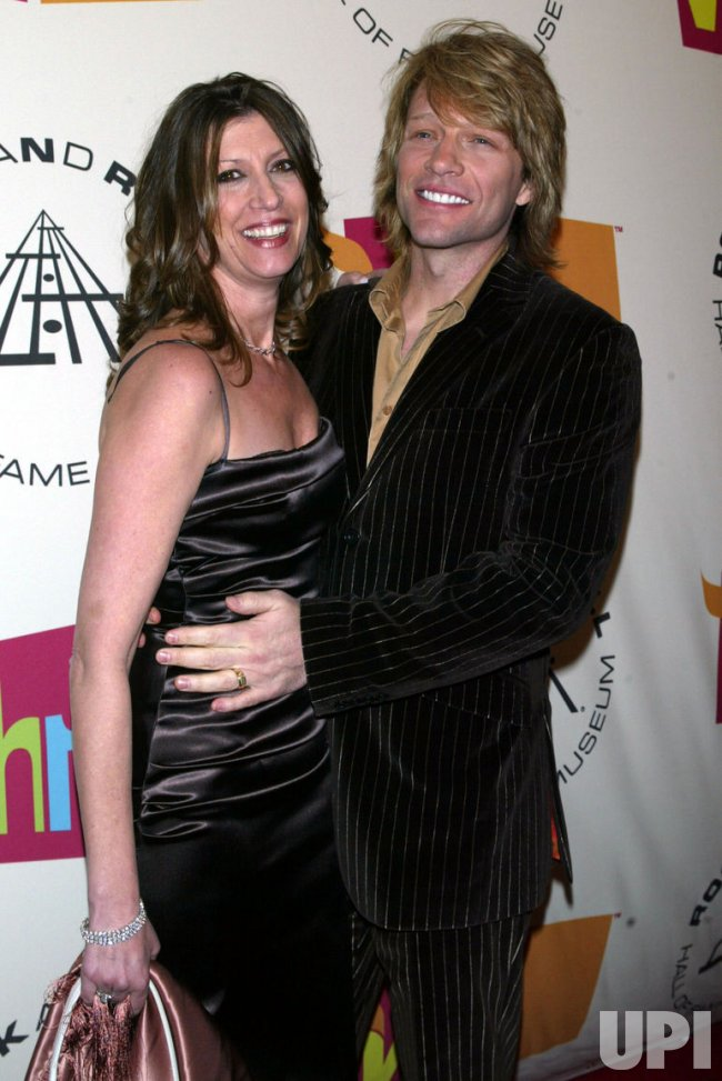 2005 ROCK AND ROLL HALL OF FAME INDUCTION CEREMONY