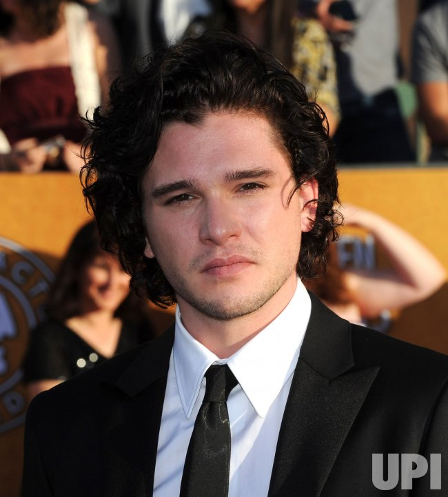 Actor Kit Harington arrives at the 18th annual Screen Actors Guild Awards in Los Angeles