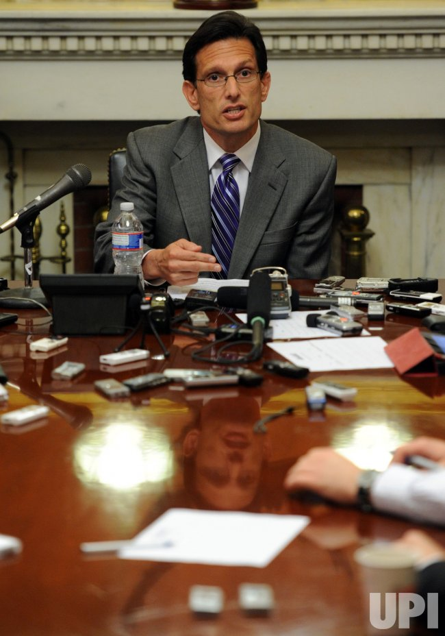 Leader Cantor holds briefing in Washington