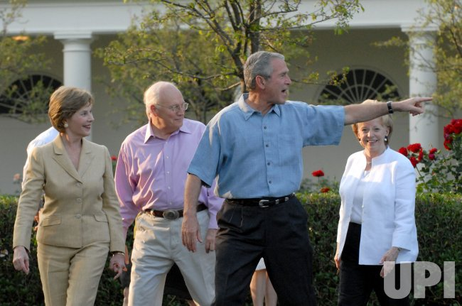 Bushes host Congressional Picnic in Washington