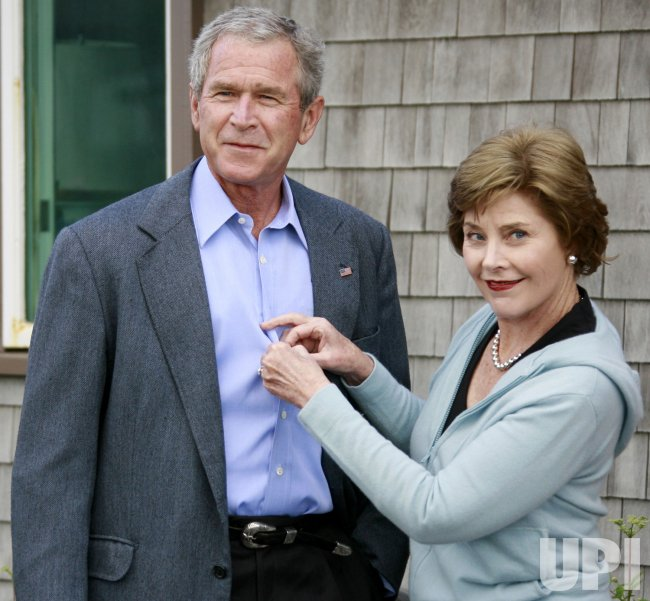 US PRESIDENT BUSH MEETS WITH RUSSIAN PRESIDENT PUTIN IN MAINE