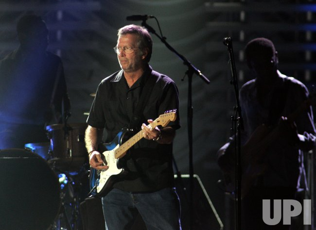 ERIC CLAPTON AND J.J. CALE PERFORM IN CONCERT