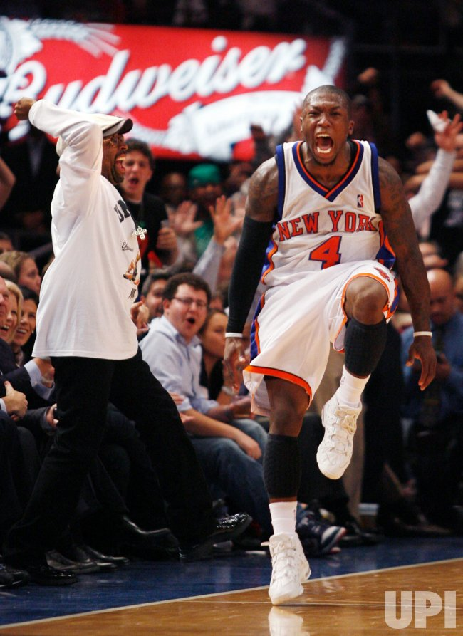 Charlotte Bobcats vs New York Knicks in New York