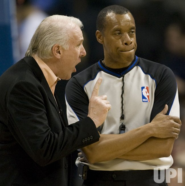 Spurs Head Coach Popovich Argues Call with Referee Mott in Denver