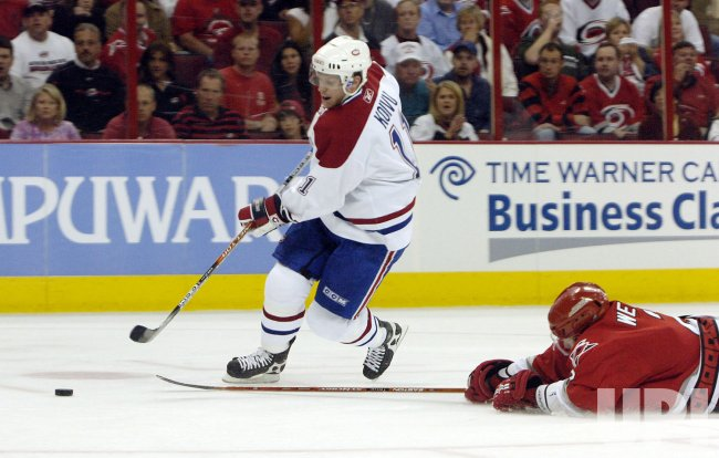 NHL MONTREAL CANADIENS VS CAROLINA HURRICANES