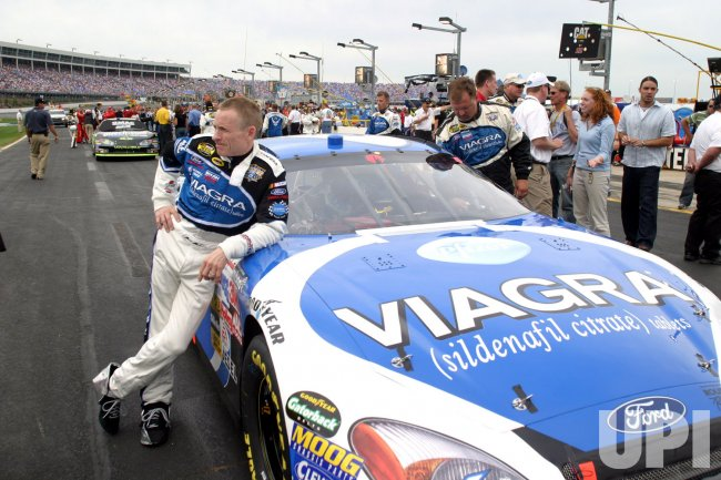 MARK MARTIN AT COCA-COLA 600 NASCAR RACE